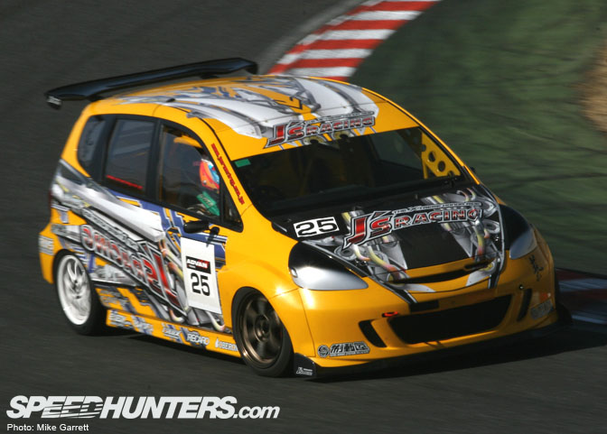 Car Feature>>j's Racing Time Attack Honda Fit