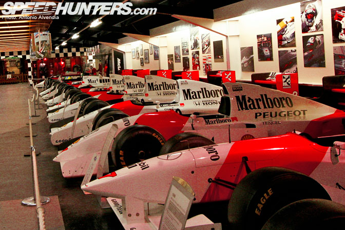 Museums>> Senna And The Mclaren Hall OfHeroes