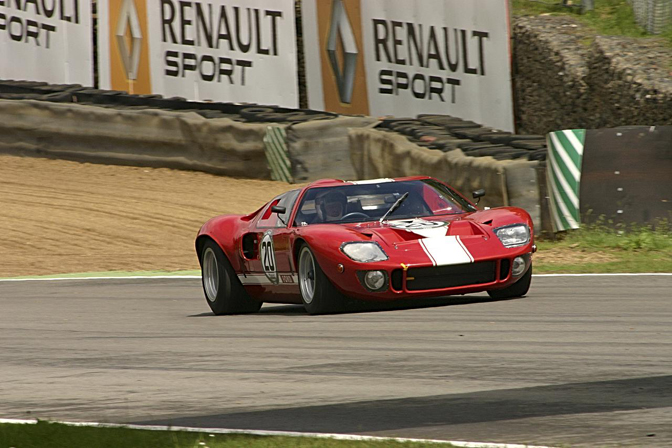 Random Snap>>gt40 At Brands Hatch