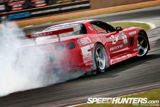 Car Feature>> Tanaka Racing Z06 CorvetteC5r