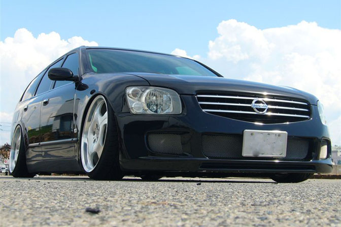 Car Feature>>one-off M35Stagea