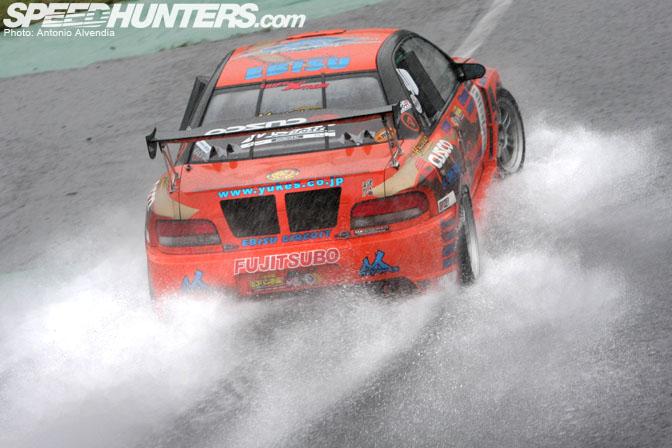 Gallery>> Amedori! Rain Drifting With TeamOrange