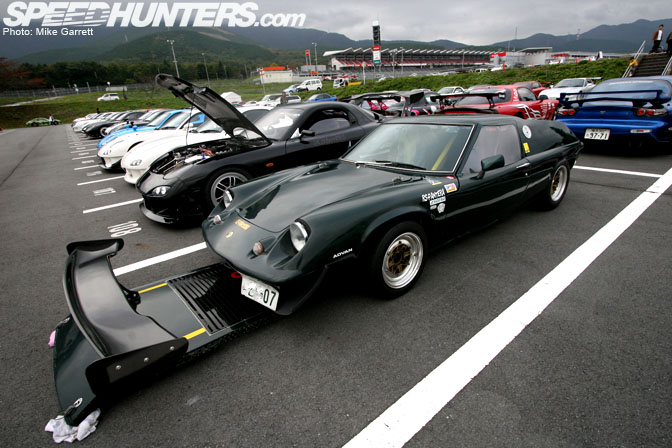 Car Spotlight>>rotary-powered Lotus Europa