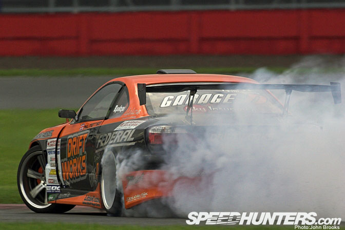 Car Feature>>driftworks 2jz S15 Silvia