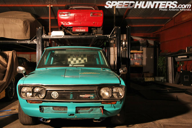Car Feature>> Trs Group 4 Nissan Bluebird Sss