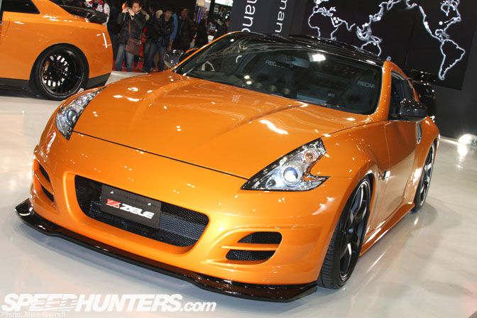Gallery>>tuned Z's At Tokyo AutoSalon