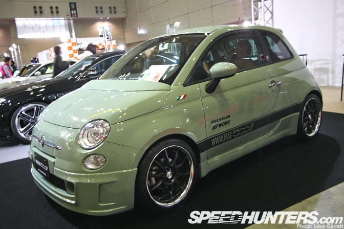 Gallery>>import Auto Salon2009