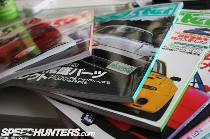 Magazines>>road&ster