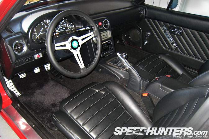 The Interior Of This Miata Is Sooo Damn Cool, If You Ask Me. Look At The  Subtle Polished Accents In The Caru2026 From The Aluminum Bezel Surrounding The  Dash ...