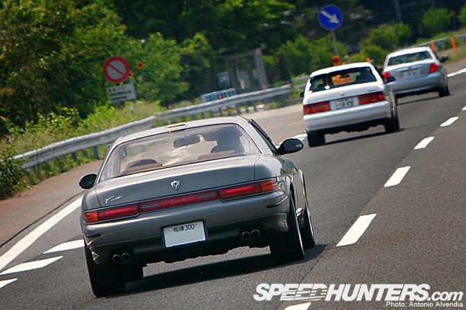 Random Snap>> Mazda Cosmo Sighting On TheHighway