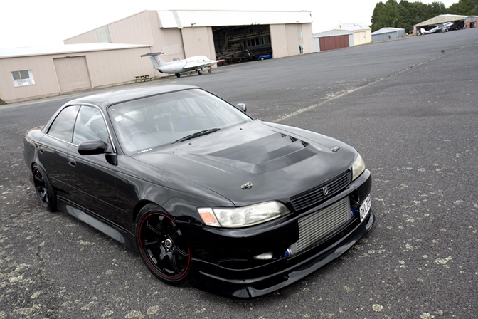 Car Feature: NZ JZX-90 Toyota Mark II