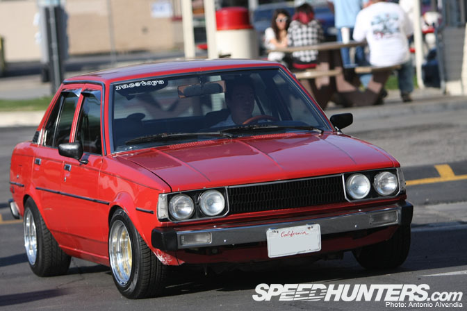 Car Spotlight>> Box-type Corolla 4-door