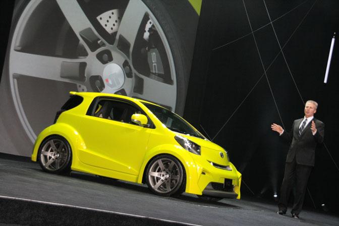 New Cars>>scion IqConcept