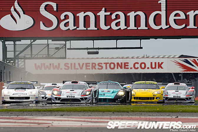 Event>>fia Gt Silverstone Race Review