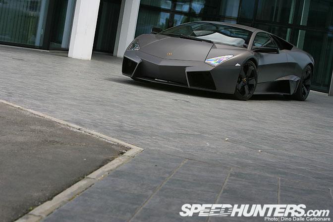 Car Spotlight>> LamborghiniReventon