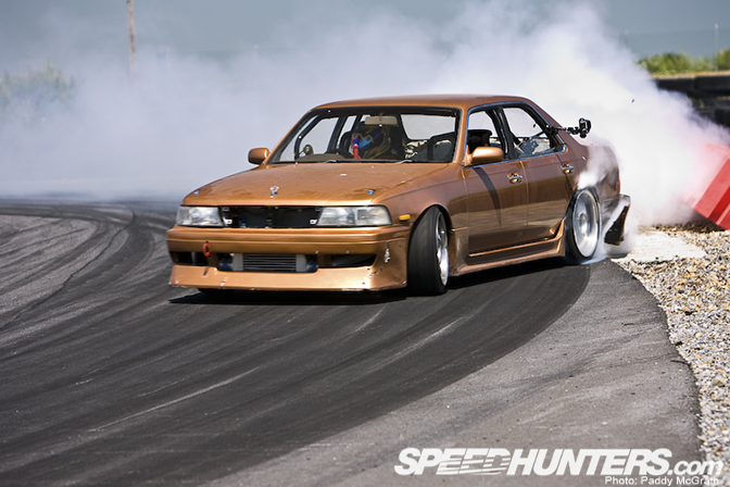 Car Spotlight>> Drift Nissan Laurel C34