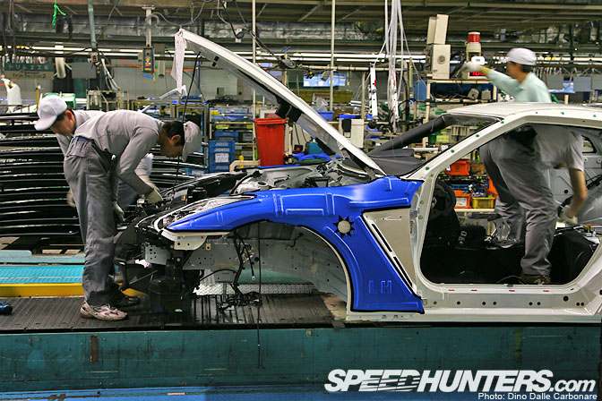 Car Builder>> How The Nissan Gt-r Is Built