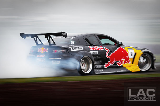 Drivers Blog>>mad Mike Whiddett : Nz Drift Rd.3