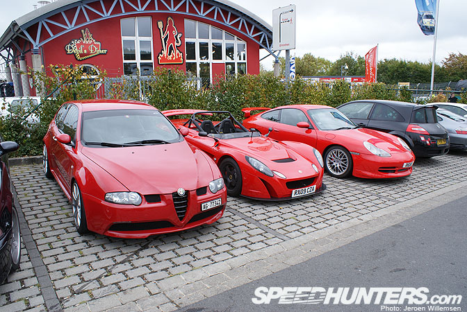Car Sightings>> NÜrburgring Nordeschleife ParkingLot