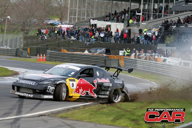 News>>mad Mike Wins Nz Drift Championship