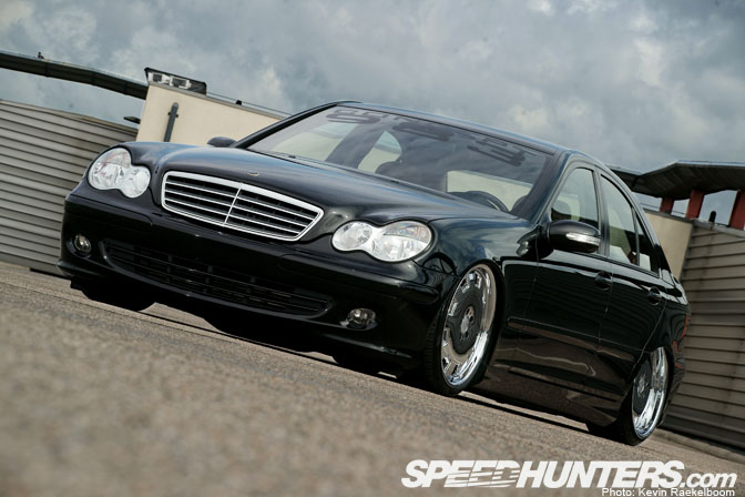 Car Feature>>bagged Benz W203