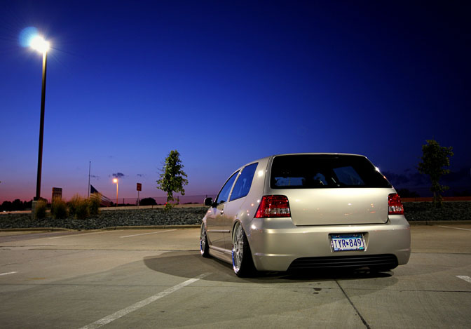 Car Spotlight>> Golf Mk4 R32