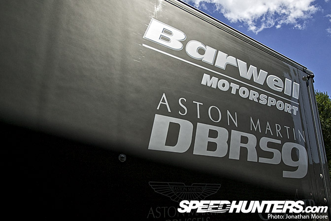 Behind The Scenes>> Barwell Motorsport: TheTeam