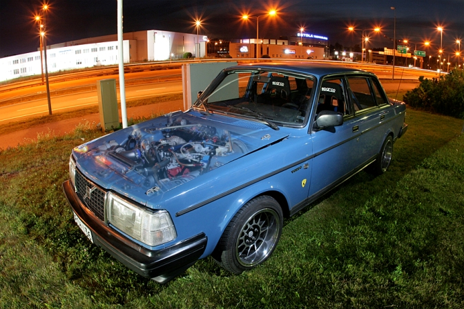 Readers Ride>>volvo 240 Turbo