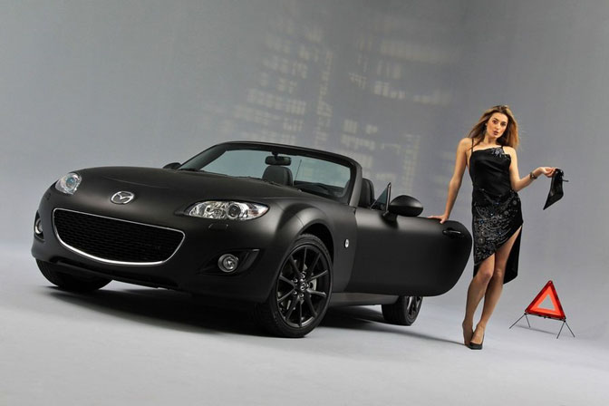 New Cars>>the Mazda Mx-5 Black & MatteEdition