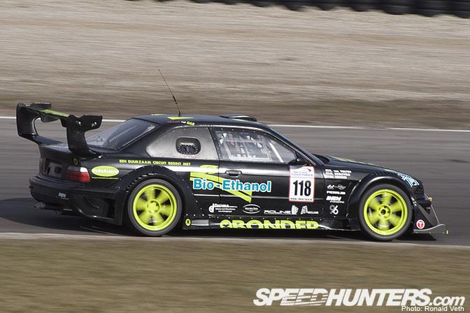 Car Feature>> Bonder Time Attack E36Gt-r
