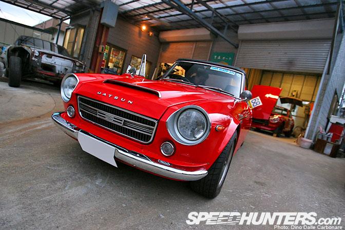 Car Feature>> Ta Auto Fairlady2000