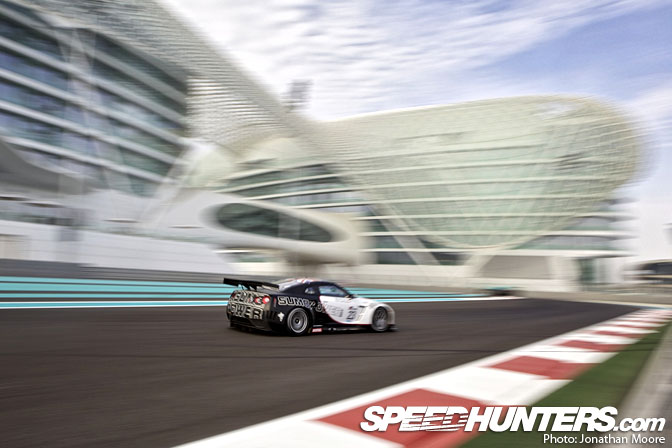 Event>> Fia World Gt1 Qualifying @ Abu Dhabi