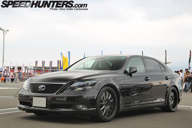 Car Spotlight >> Black On BlackLs600h