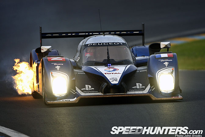 Event>>2010 Le Mans 24 Hours – Victory Lane View