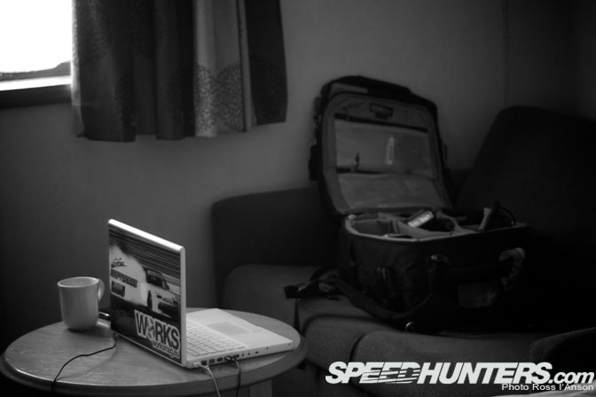 Car Life>> A Day In The Life Of A DriftPhotographer