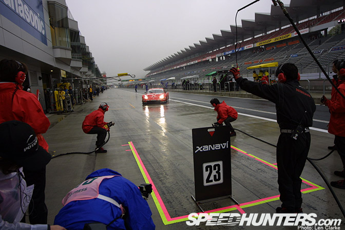 Sequence>> Fairlady ZPit-in
