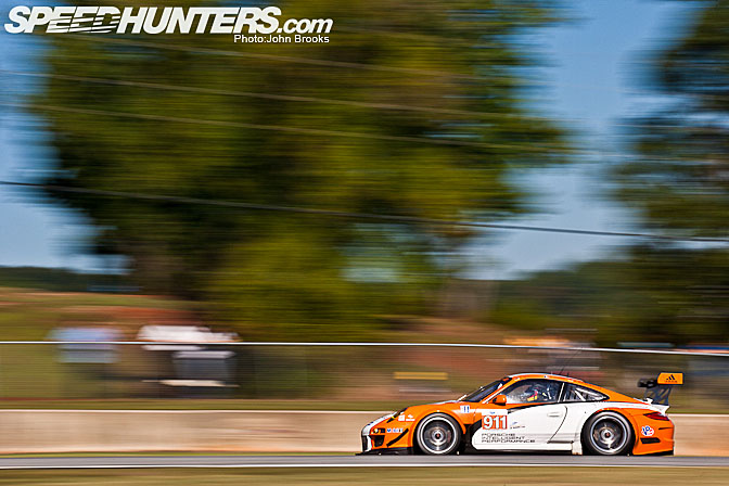 Car Feature>>porsche 911 Gt3r Hybrid