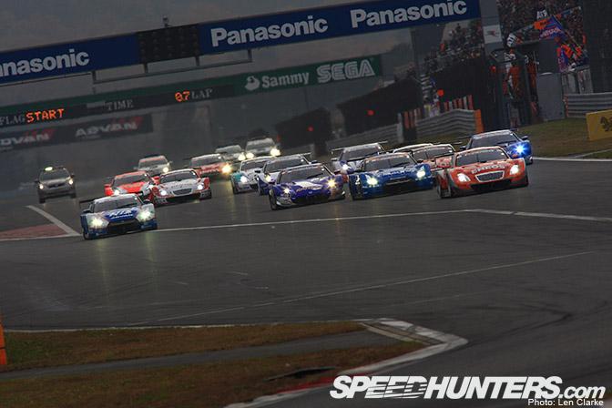 Event >> Super Gt Race 2 At Fuji SprintCup