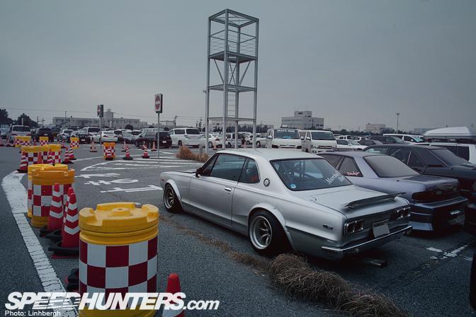 Gallery>> The Tokyo Auto Salon Parking Lot Pt.1