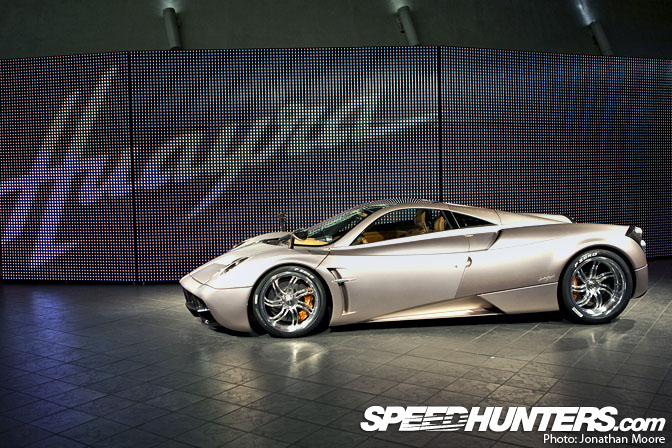 Event>> Pagani Huayra Launch In Milan
