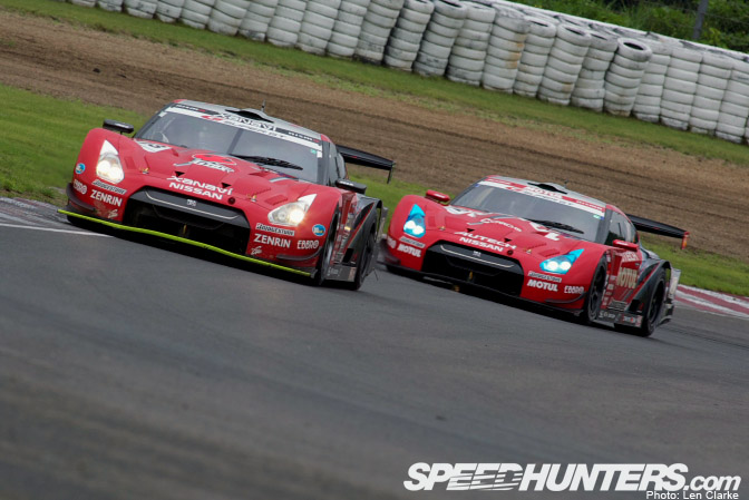 Retrospective >> The Gt-r's Return To Racing