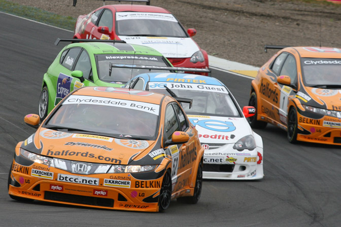 Retrospective>>honda And The British Touring Car Championship