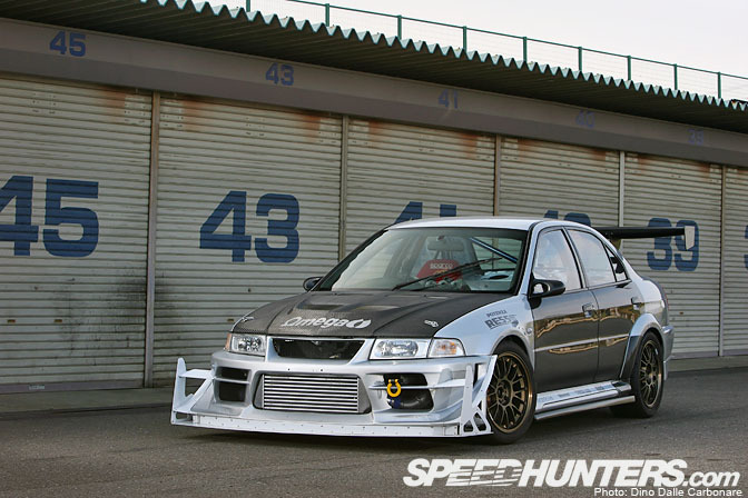 Car Feature>> Bozz Speed Evo 6