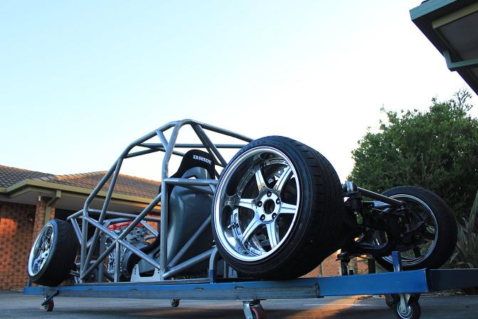 Guest Blog: Nigel Petrie>> Engineeredtoslide Drift Hilux Build –Pt3