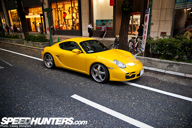 Car Spotlight>> Porsche On The Streets Of Osaka