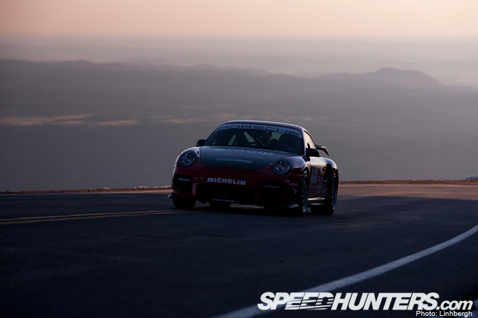 Gallery>> Pikes Peak Day 1: Life In TheMiddle