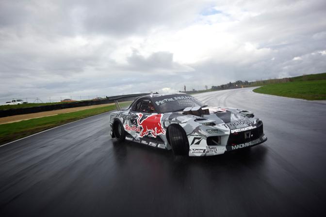 Driver Blog: Mad Mike>> The Madbul Rx7Reengineered