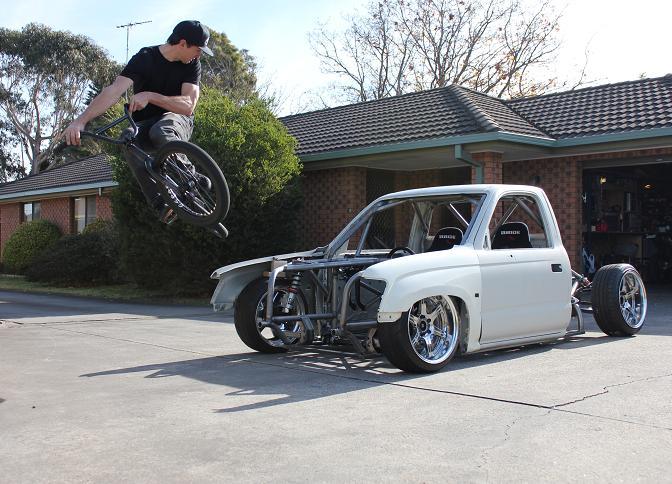 Guest Blog: Nigel Petrie>> Engineeredtoslide Drift Hilux Build –Pt4