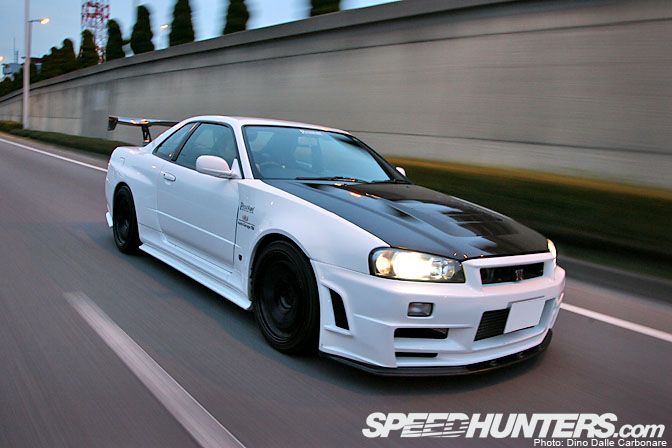 Car Feature>> Pentroof SkylineGt-r