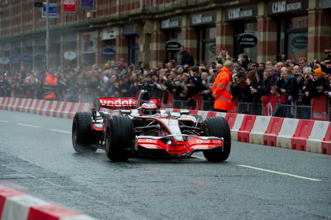 Gallery>> Mclaren On The Streets Of Manchester